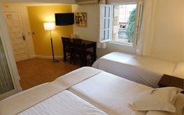 Habitacion triple hotel Fuenterrabia buen precio