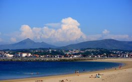 Playa de fuenterrabia y Monte Larun