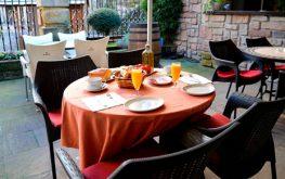 Terraza hotel palacete en fuenterrabia3