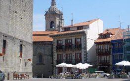 Fuenterrabía Plaza de Armas y Castillo de Carlos V